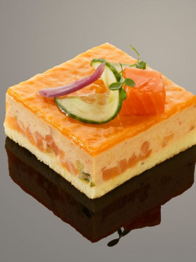 Marbré de saumon, cabillaud et écrevisses aux éclats colorés