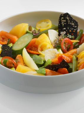 Poêlée de légumes du moment infusée à l'huile de romarin