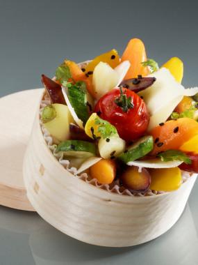 Boîte chaude de légumes du moment